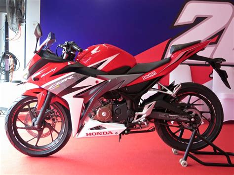 new cbr price new 2016 honda cbr150r launched price specs gallery