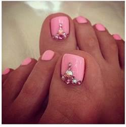New trends of toe nail designs for party occasions photo gallery