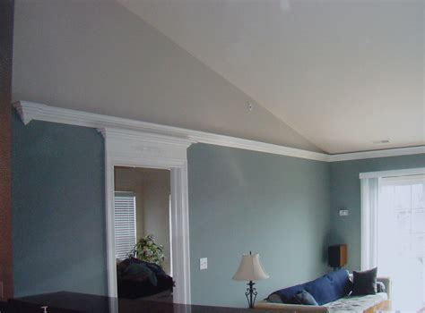 Finial Return On Flying Crown Vaulted Ceiling Condo The