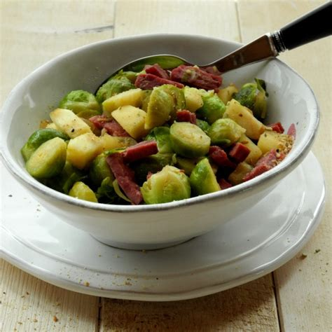 cuisiner le choux de bruxelle choux de bruxelles aux pommes avec ou sans lardons de