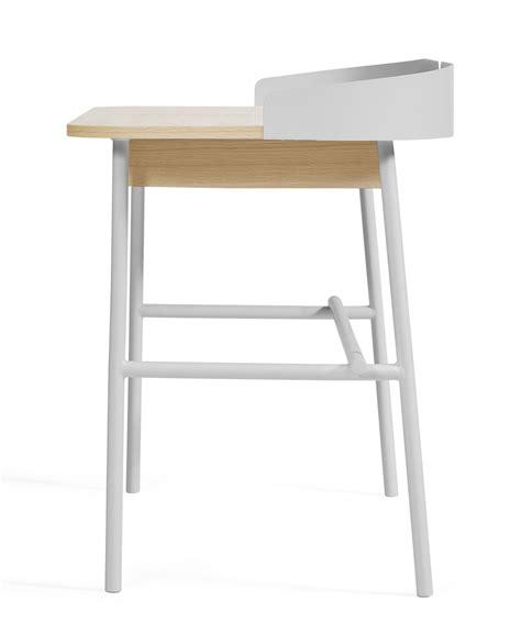 bureau de victor bureau victor gris clair bois naturel hartô
