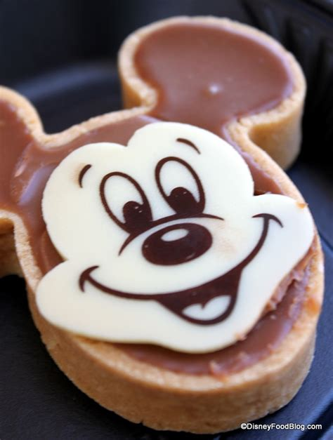 disney cuisine review chocolate mickey tart at jolly bakery