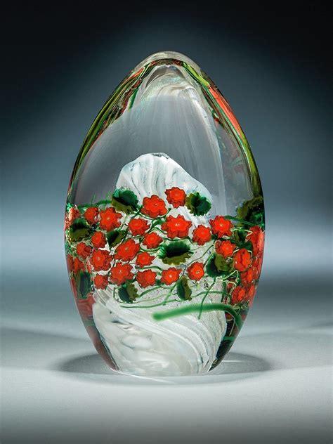 poinsettia egg paperweight  shawn messenger art glass