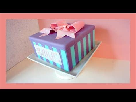 fondant geschenkbox torte mit schleife motivtorte mit