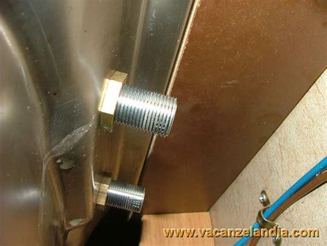 sostituzione rubinetto cucina vacanzelandia riparazioni sostituzione miscelatore