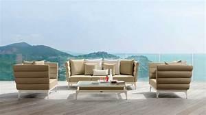 Salon De Jardin Beige : salon de jardin bains de soleil et poufs 20 meubles lounge ~ Teatrodelosmanantiales.com Idées de Décoration