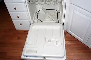 4 Quick  U0026 Easy Tips For Keeping Your Dishwasher Running