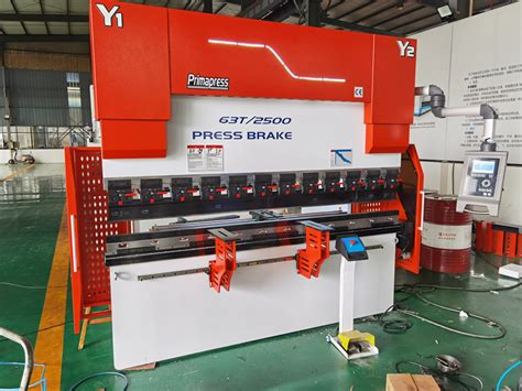 sheet metal cnc hydraulic press brake wek tmm  das  axis yyx rv
