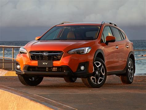 Like the outback sport, the crosstrek is a lifted impreza hatchback with minor differences, though with a more substantial lift than the outback sport. Así es la gama española del nuevo Subaru XV: Sin diésel y ...