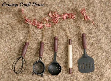 primitive retro diner country kitchen utensil ornaments