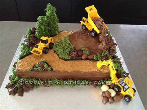 construction cake ideas a realistic construction quot wow quot cake that stole the show 3026