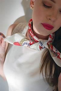 Comment Mettre Une Cravate : comment porter nouer un foulard carr nouer et porter ~ Nature-et-papiers.com Idées de Décoration