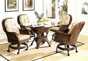 The Benefit Dining Chairs With Casters For Kitchen The