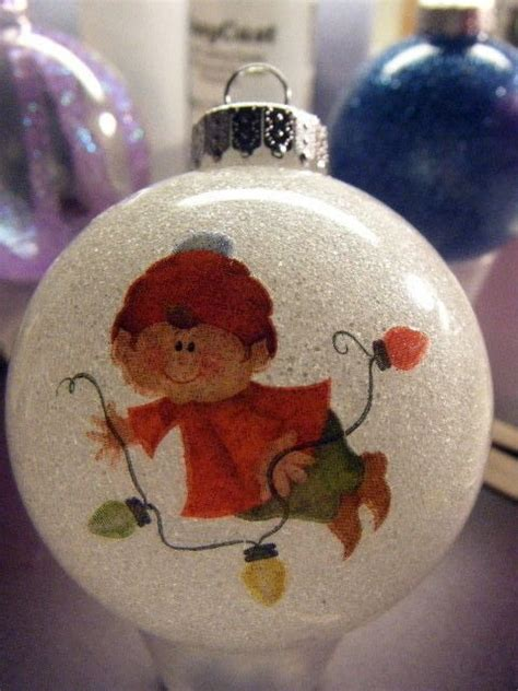 resin coated christmas ornaments     bauble