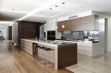lighting for small kitchen 25 best ideas about island bench on 7043