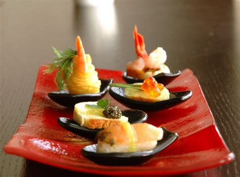 canape platters small glass plates