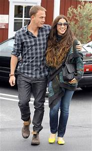 Alanis Morissette and Husband Out and About - Zimbio