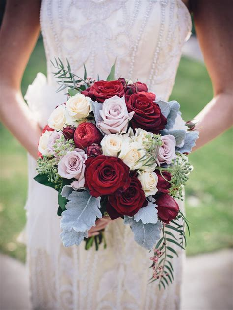 gorgeous bridal bouquet cream roses pastel lavender