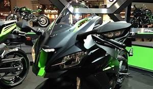 Salon Moto Milan 2017 : actualit moto scooter equipements et accesoires moto sur ~ Medecine-chirurgie-esthetiques.com Avis de Voitures