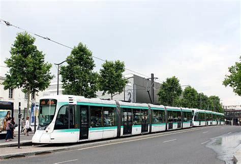 porte de versailles tram パリのトラム t2 t4