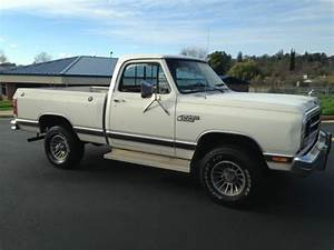 1987 Dodge W150 Short Bed 4x4 1 Owner Rust Free Low Miles