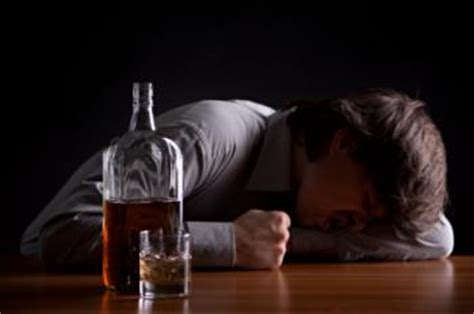 alcohol poisoning kills  people     day