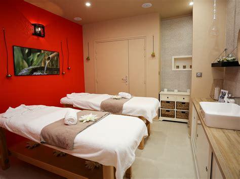 chambre d hotel avec spa privatif chambre d hotel avec spa privatif amazing les cocons