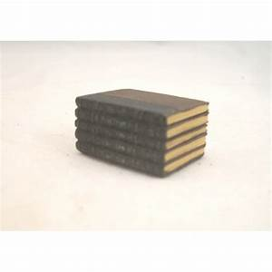 Stack of Books - Resin - 4064 dollhouse miniature 1/12