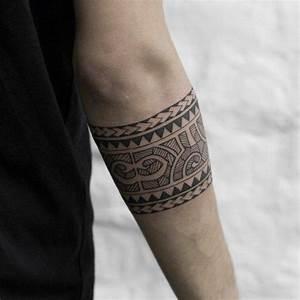 Maorie Tattoo Oberarm : maori tattoo zoom auf seine urspr nge und ihre bedeutung haus best ~ Frokenaadalensverden.com Haus und Dekorationen