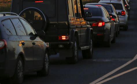 Avārijas dēļ Rīgas centrā izveidojies pamatīgs sastrēgums ...