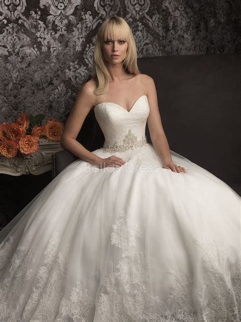 Vintage Lace Princess Wedding Dresses For Classical And Chic