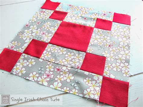chain quilt pattern bold and beautiful chain quilt block favequilts