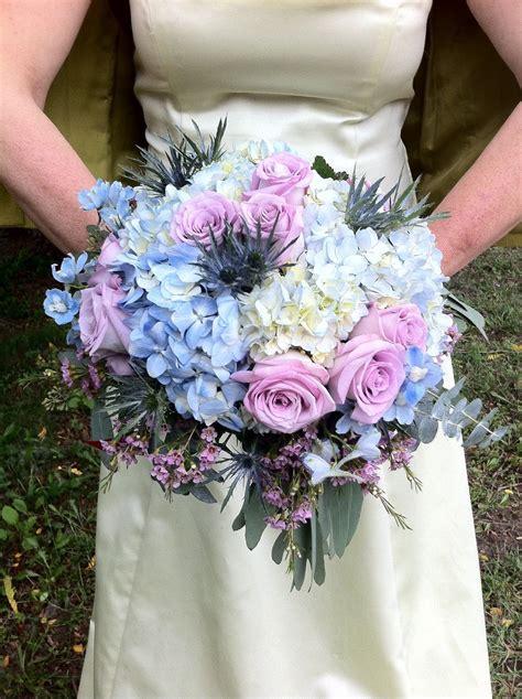 blue  lavender rose  hydrangea wedding bridal