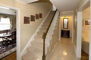 Choosing a Stair Runner: Some Inspiration and Lessons