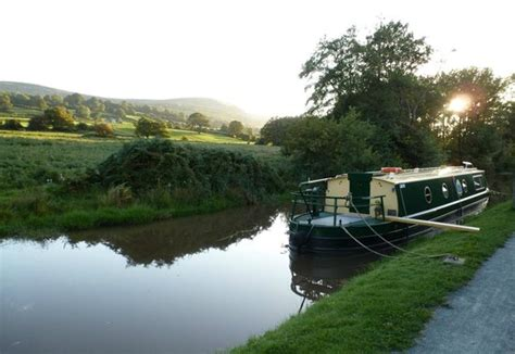Mooring Boat Overnight by Rural Overnight Mooring Near Bridge 111 Picture Of
