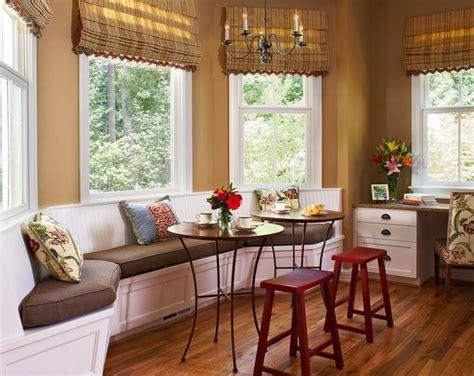 bar tables for kitchens coin repas convivial grâce à une banquette d angle design