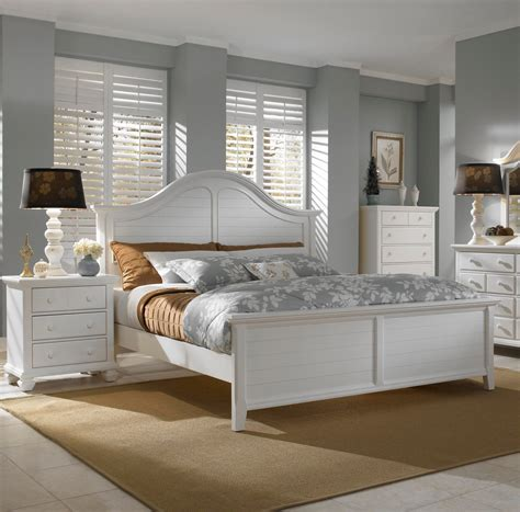 Small Scale Bedroom Furniture  Decorating Ideas