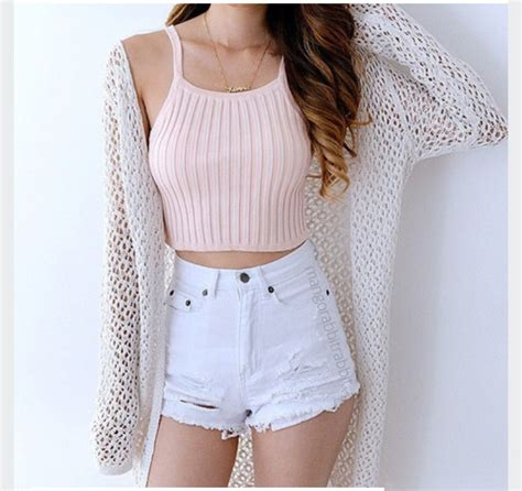 Tank top outfit crop tops shorts sweater tumblr ...