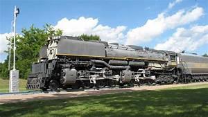 Gambar Transportasi : Kereta Api Lokomotif Uap