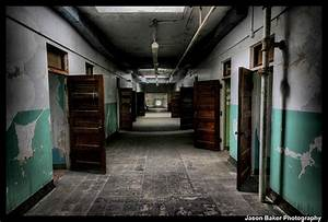 9 Haunted Insane Asylums You Should Never Spend the Night ...