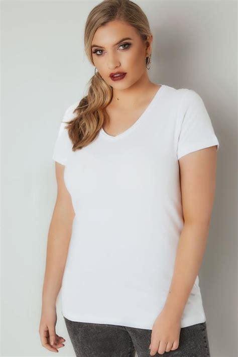 Weisses Basic Shirt Mit Ausschnitt Grosse Grossen