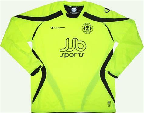 Wigan Athletic Away football shirt 2008 - 2009. Sponsored ...