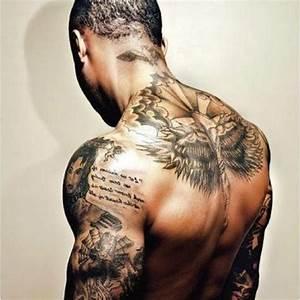 Tatouage Oiseau Homme : tatouage homme je vous d voile ce que vous devez savoir ~ Melissatoandfro.com Idées de Décoration