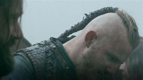 bjorn ironside vikings hairstyle season  viking hair bjorn vikings bjorn ironside