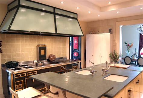 cuisine avec piano central astuces cuisine quels sont les trucs à voler aux