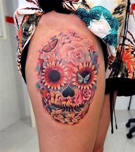 Tete De Mort Mexicaine Femme : photo tatouage t te de mort mexicaine sur la cuisse ~ Melissatoandfro.com Idées de Décoration
