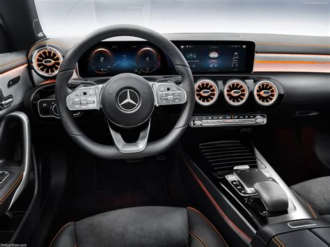 For 2020, the car's hindquarters are much easier. Mercedes-Benz CLA (2020) - picture 141 of 199