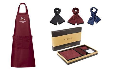 id馥 cadeau cuisine 156 idee cadeau cuisine original les id es cadeaux de id e cadeau cuisine barbecue id e cadeau original un pendentif macaron id e