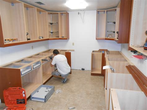 how to install kitchen wall and base cabinets builder