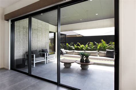 synergy stacking doors aluminium doors trend